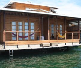 apartamento sobre el mar Long Term Rentals Bocas del Toro Panama